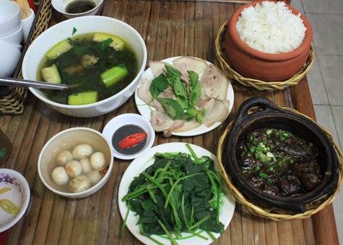 một bữa cơm miền Bắc giản dị