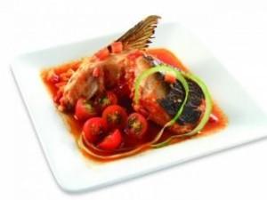 Má cá hồi kho cà đậm đà hấp dẫn