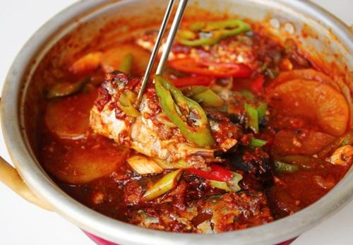 Cá kho kiểu Hàn hấp dẫn