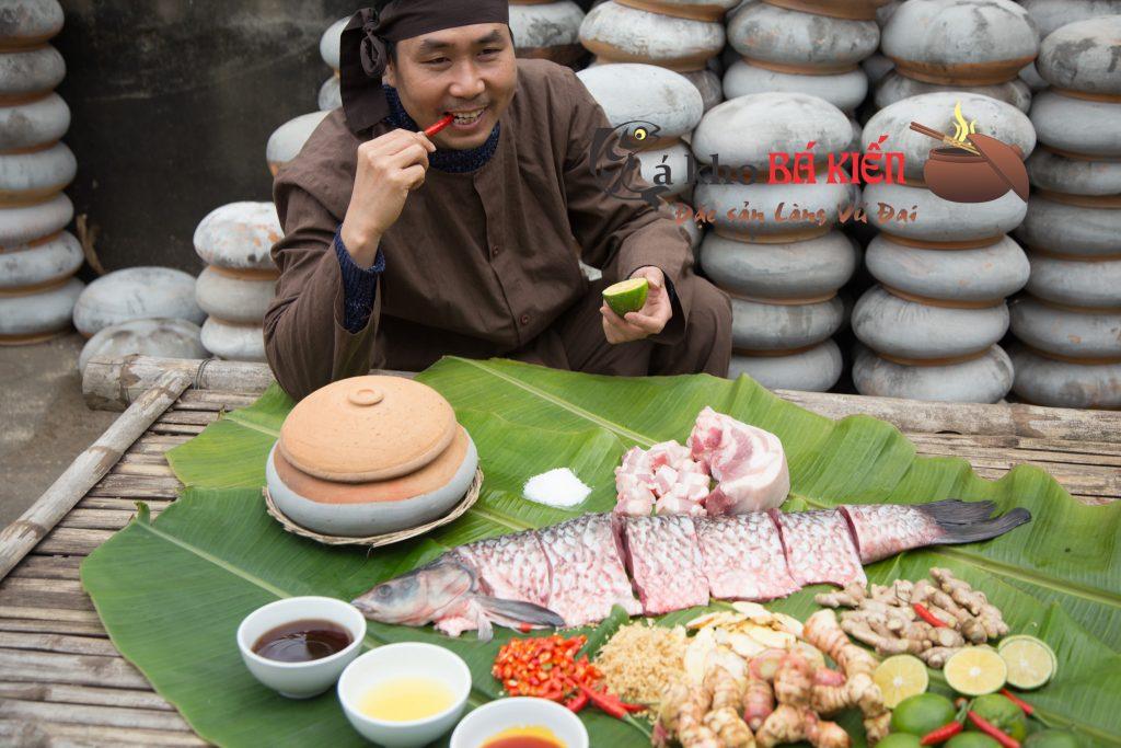 Cá trăm đen và 16 gia vị ngay tại địa phương đã tạo nên hương vị đặc biệt của món cá kho làng Vũ Đại
