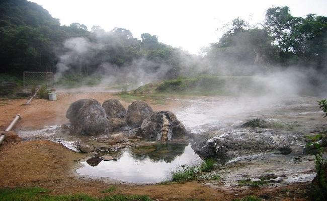 Du lich suối nước nóng Bang Quảng Bình